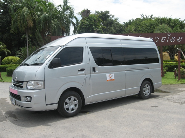 l sale in price list june vans for philippines van the hiace toyota